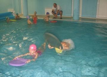 Движение за здраве, плуване за удоволствие-детска градина 25 Изворче в Банкя