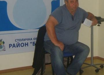 Треньорът по плуване Георги Пандев-детска градина 25 Изворче в Банкя